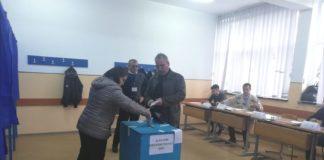 Peste 5 milioane de români au votat până la ora 13.30