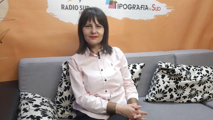 În judeţul Dolj se construiesc patru noi unităţi de învăţământ, a anunţat inspectorul şcolar general, Monica Sună, la Radio Sud, în cadrul emisiunii