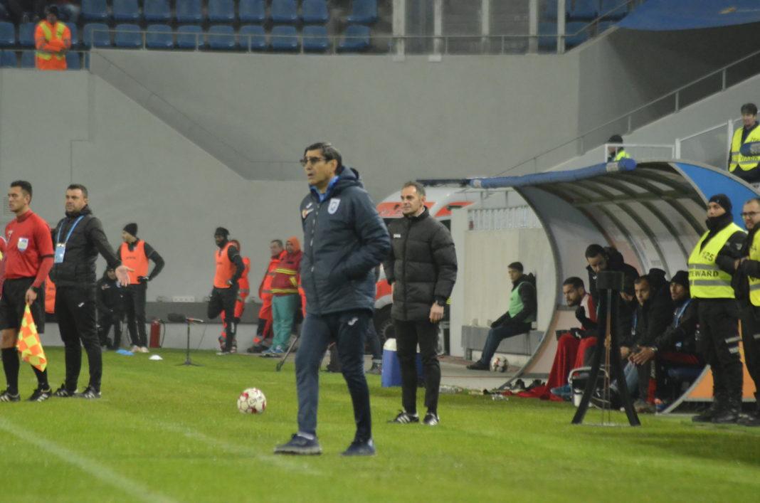 Victor Pițurcă ar putea renunța să o mai antreneze pe Universitatea Craiova (Foto: Alex Vîrtosu)