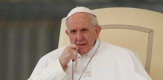 Papa Francisc a binecuvântat creştinii din întrega lume