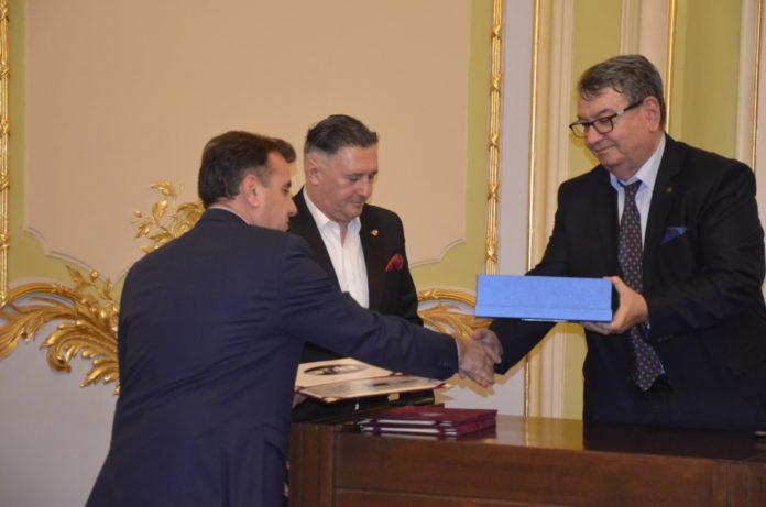 """Premiile de excelenţă """"10 pentru Craiova"""", acordate și în 2019"""