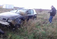 O șoferiță, de 33 de ani, s-a răsturnat cu mașina în Câmpu Mare