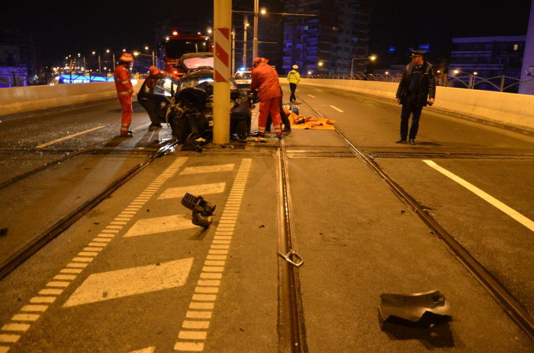 Accidentul a avut loc pe pasajul suprateran din centrul municipiului Craiova.