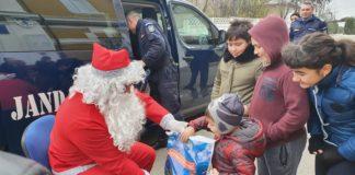 Jandarmii olteni, ajutoarele lui Moş Crăciun