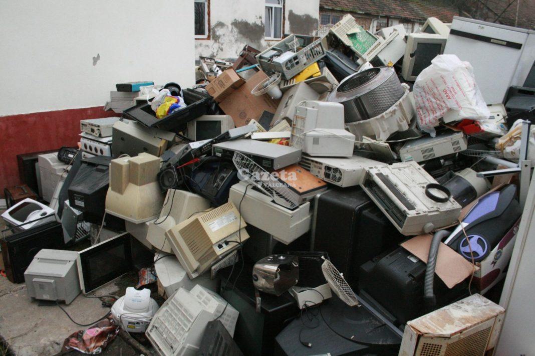Colectare gratuită a deşeurilor voluminoase şi deşeurile de echipamente electrice şi electronice, în Râmnicu Vâlcea