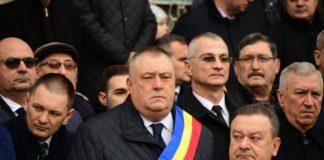 Ziua Victoriei Revoluției a fost sărbătorită şi la Craiova. Primarul Mihail Genoiu a vorbit despre eroii căzuți în timpul revoluției din Decembrie 1989.