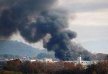 Incendiu de mari dimensiuni la o uzină de reciclare a deşeurilor industriale în apropiere de Barcelona