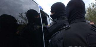 Poliţiştii specializaţi în investigarea criminalităţii economice din cadrul Poliţiei Române au efectuat 15 percheziții