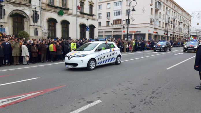 Autoturismul electric cu care Poliția Locală Craiova a defilat la parada de 1 decembrie a costat peste 30.000 de euro