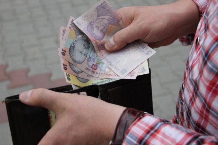 Guvernul aprobă vineri creșterea salariului minim la 2.230 lei de la 1 ianuarie 2020