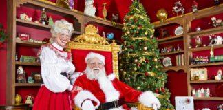 Moş Crăciun şi doamna Crăciun au pregătiti darurile pentru copiii cuminţi