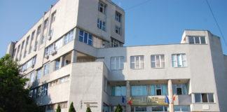 Cele şase cadre didactice de la UMF Craiova au fost acuzate de luare de mită.