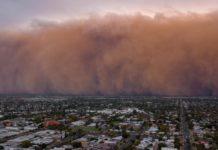 Furtuni de praf şi averse cu grindină în Australia