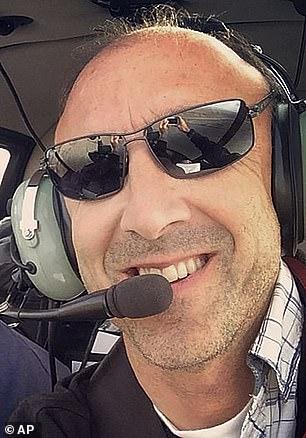 Pilotul Ara Zobayan avea 10 ani de experienţă
