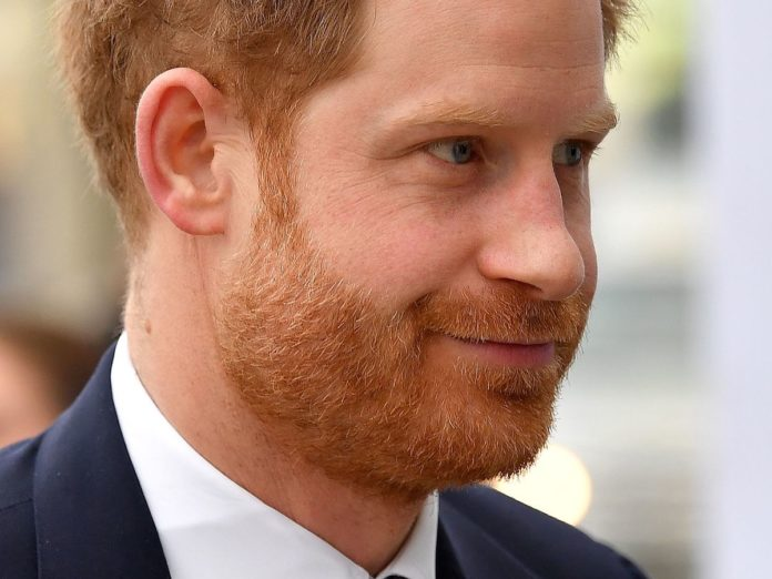 Prințul Harry a părăsit Marea Britanie