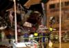 Cinci persoane au fost rănite, după ce o camionateă a intrat într-un Starbucks din Illinois