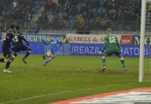 Alb-albaştri nu au voie să greşească în meciul cu Gaz Metan Mediaş (Foto: Alex Vîrtosu)