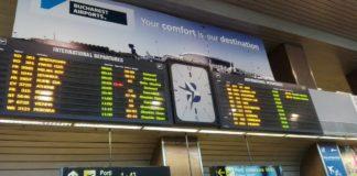 Turiştii români sunt sfătuiţi să revină în ţară