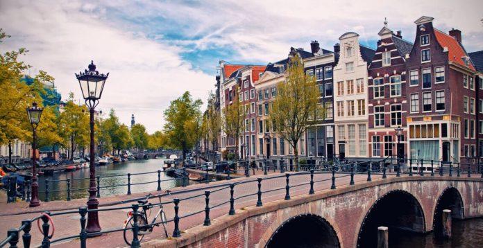 Olanda îşi schimbă numele/foto, sursa:https://www.dertour.rohttps://www.dertour.ro
