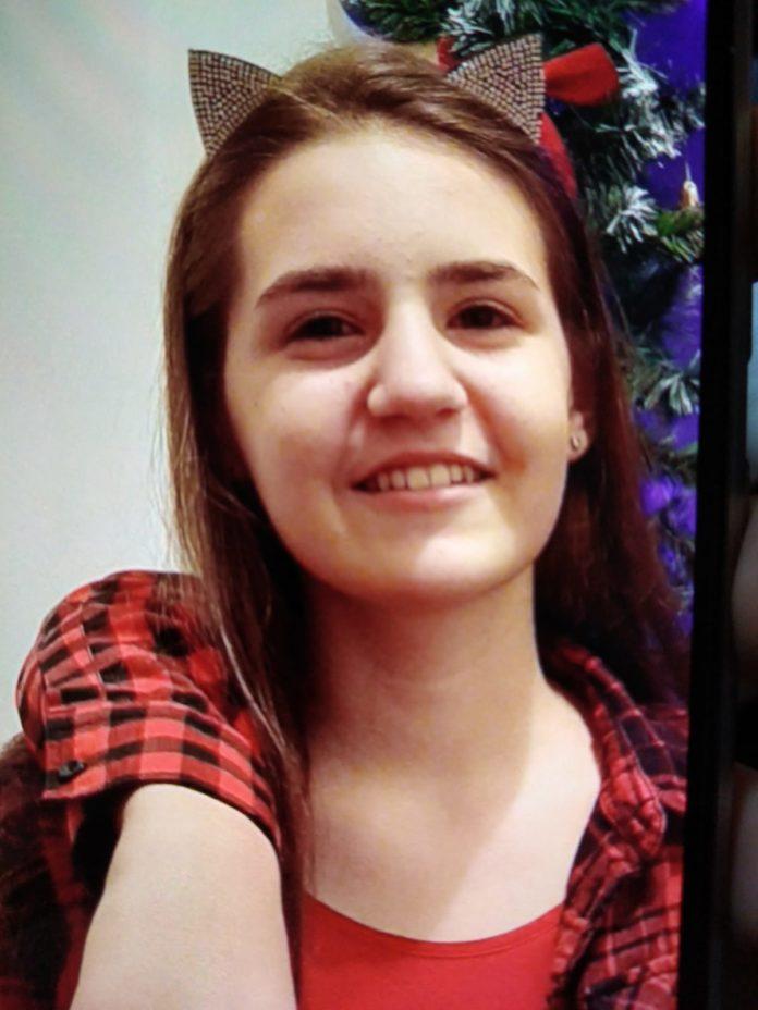 Fată de 12 ani din Craiova, căutată de poliţişti după ce a dispărut de acasă