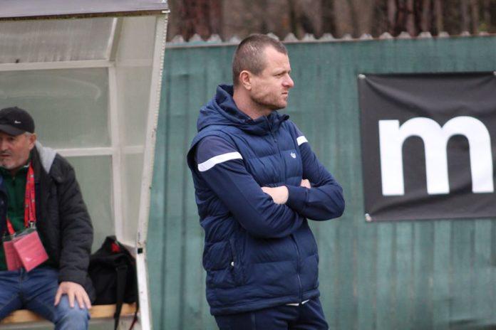 Boby Verdeş vrea să întărească echipa pentru retur (Foto: arenaolteana.blogspot.com)