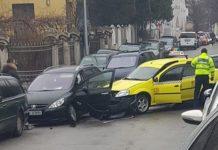Două persoane au fost rănite în accident (Foto: Augustin-Valerian Avram)