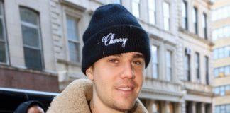 Justin Bieber a dezvăluit că se luptă cu boala Lyme