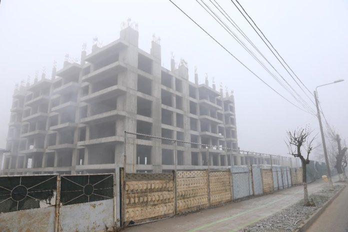 Cartierul chinezesc din Craiova, în același stadiu ca și în anii anteriori: în ceață
