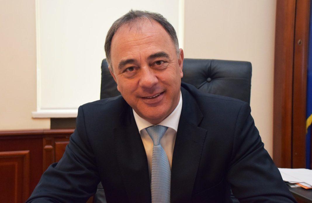 Primarul din Târgu Mureș vrea anchetă socială obligatorie pentru cuplurile care vor să facă un copil