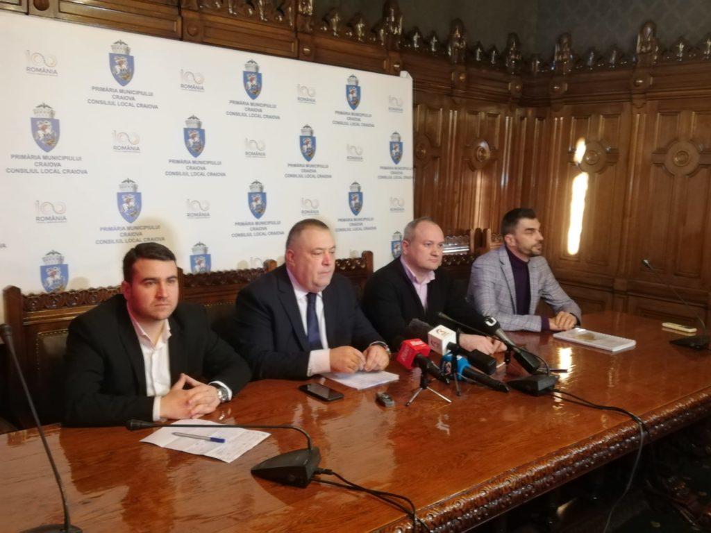 """Colegiul Național """"Carol I"""" din Craiova a devenit subiect de război politic. Primarul Mihail Genoiu a ieșit la atac după declarațiile deputatului PNL de Dolj Nicolae Giugea."""