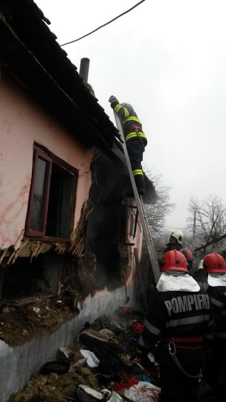Incendiu la o casă din Bala