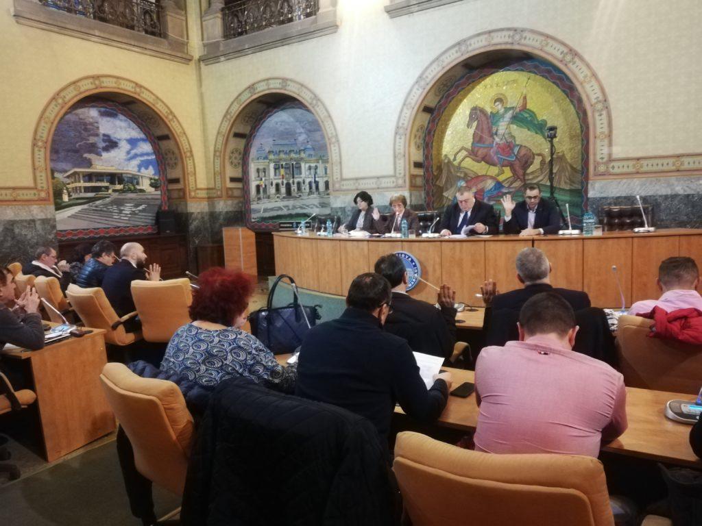 Consiliul Local Craiova a votat în unanimitate concesionarea către RAT SRL a celor 25 de autobuze Diesel cumpărate anul trecut de la firma turcă BMC