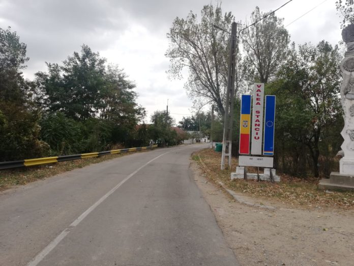 Încă un drum judeţean din Dolj va fi modernizat cu fonduri europene. Este vorba de tronsonul de 12 km dintre Horezu Poenari şi Padea.