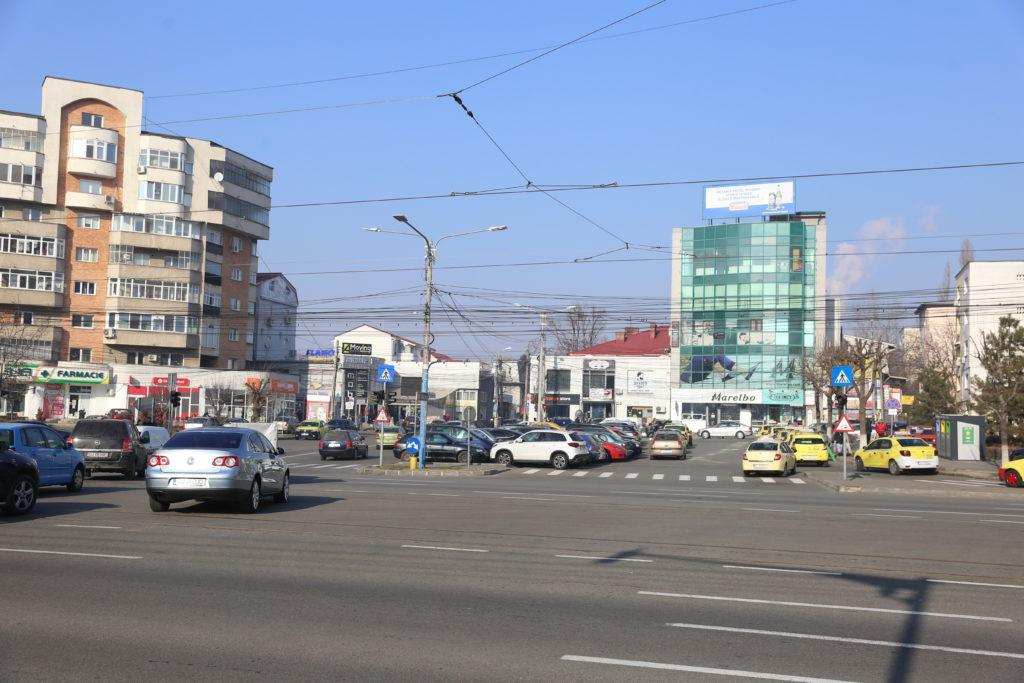 O altă parcare supraetajată ar putea fi construită la Piaţa Centrală, la intersecţia Calea Bucureşti cu Fraţii Goleşti