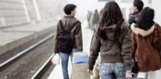 Specialiștii în migrație spun că exodul tinerilor nu se va opri prea curând dacă nu vor fi luate măsuri