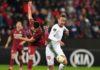Mihai Bordeianu și Luuk De Jong au dus lupte grele pentru balon (Foto: uefa.com)
