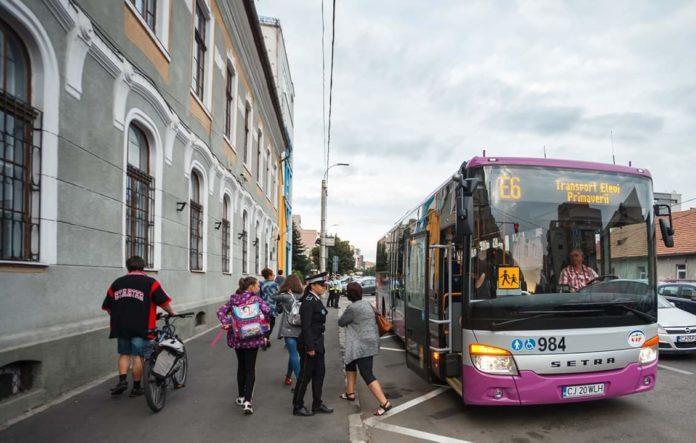 Guvernul României a deblocat decontarea transportului elevilor