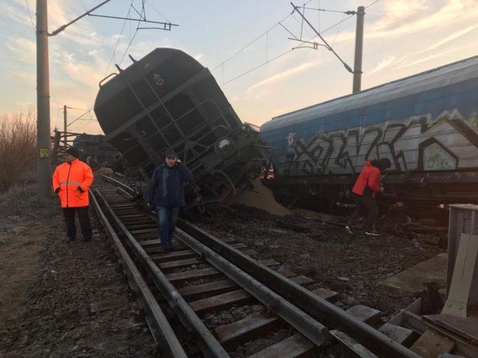 S-a redeschis circulația feroviară în județul Olt, între stațiile Fărcașele și Dragănești Olt, după deraierea trenului de marfă petrecută luni dimineață