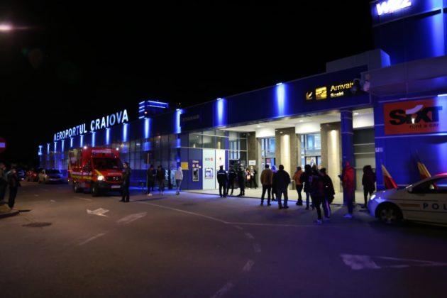 Alertă de coronavirus la Craiova. Cei 179 de pasageri suspecți de coronavirus au aterizat