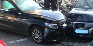 Mașina directorului economic al Spitalului Județean, implicată într-un accident rutier