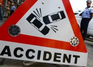 Tamponare între o ambulanță și o mașină în Drobeta Turnu Severin