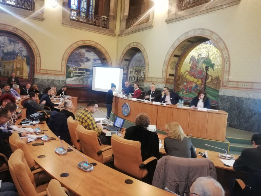 Scandal Giugea - Genoiu pentru scaunul de primar. Pensionarii îl preferă pe... Marian Vasile