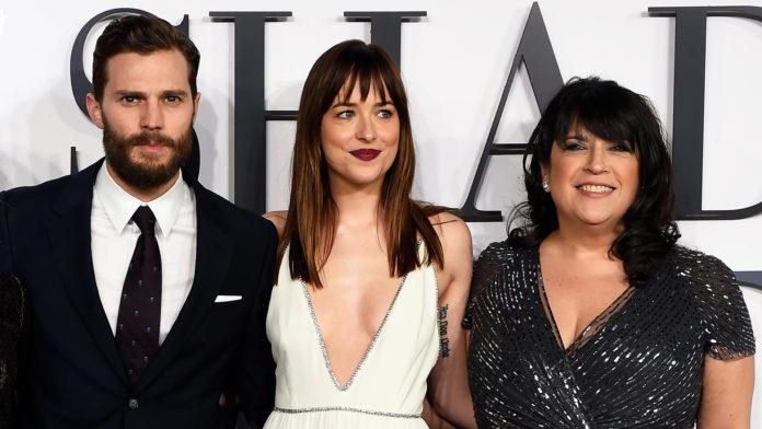 """Romanul erotic, al autoarei seriei """"Fifty Shades"""" va fi adaptat pentru marele ecran"""