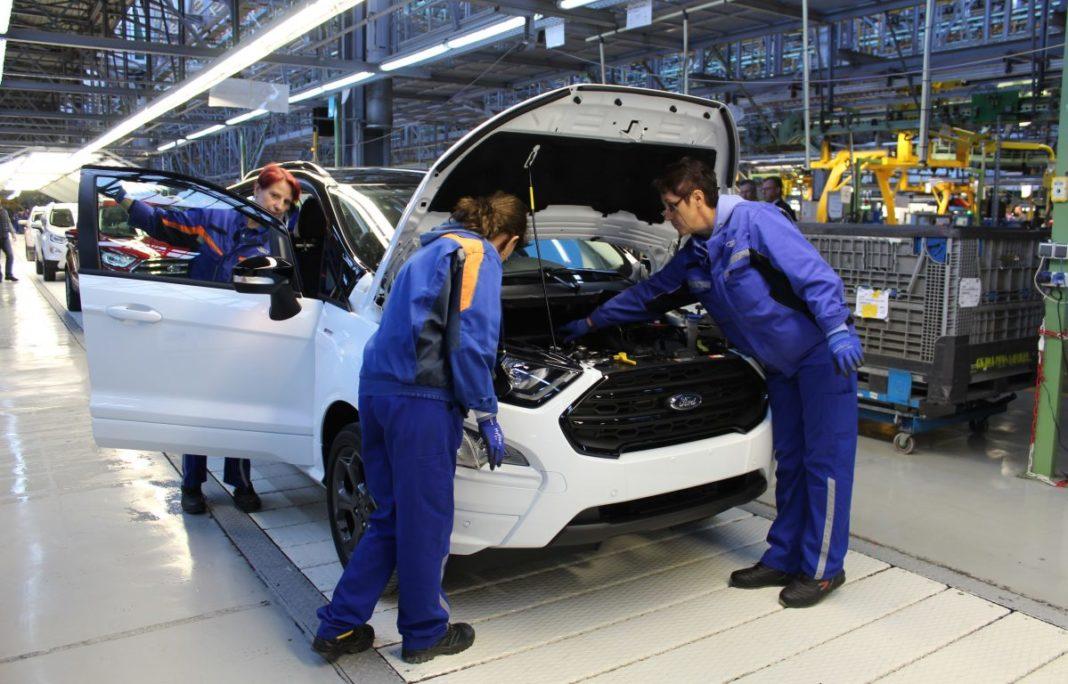 Ford produce la Craiova o masina la 67 de secunde
