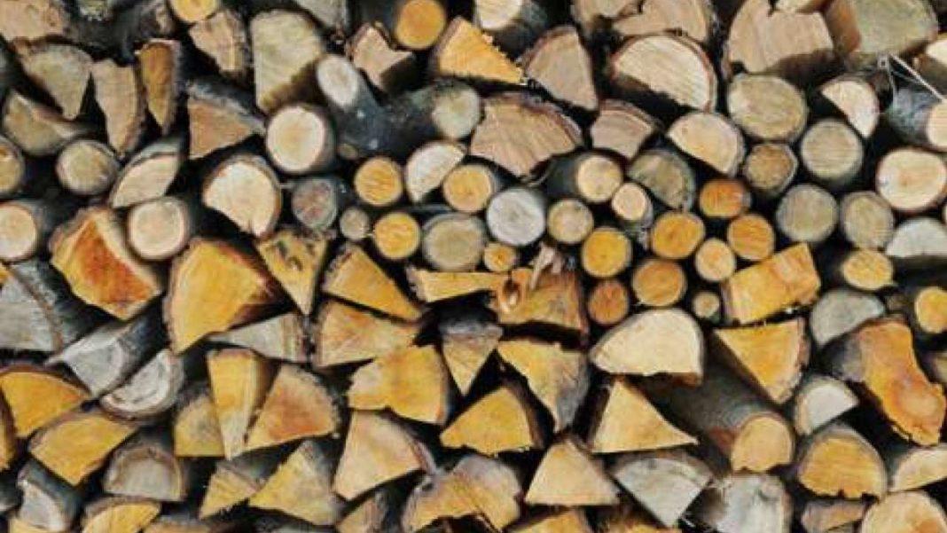 Controale și amenzi la depozitele de lemn