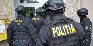 Polițiștii au efectuat, astăzi, o percheziție domiciliară, la locuința unui bărbat de 49 de ani, din municipiul Râmnicu Vâlcea