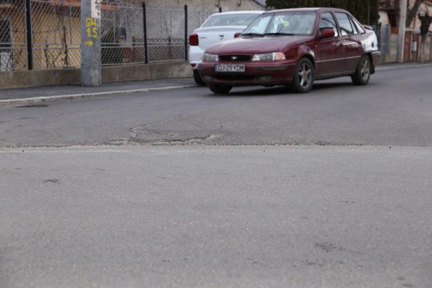Denivelarea creată la intersecţia Siretului cu strada Bărăganului
