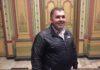 Primarul unei comune din Gorj a adoptat un măgăruş abandonat de ciobani