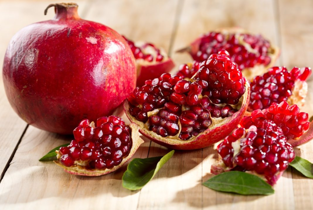 Rodia, un superfruct bogat în antioxidanţi, vitamine şi nutrienţi