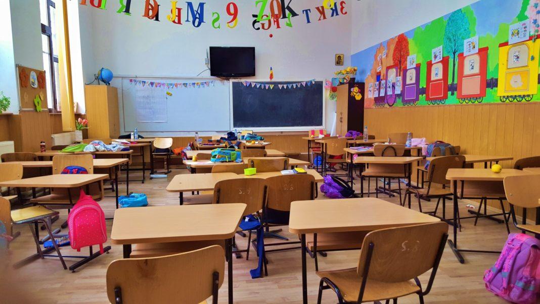 Înscrierea copiilor în clasa pregătitoare începe miercuri și se va încheia în 4 septembrie